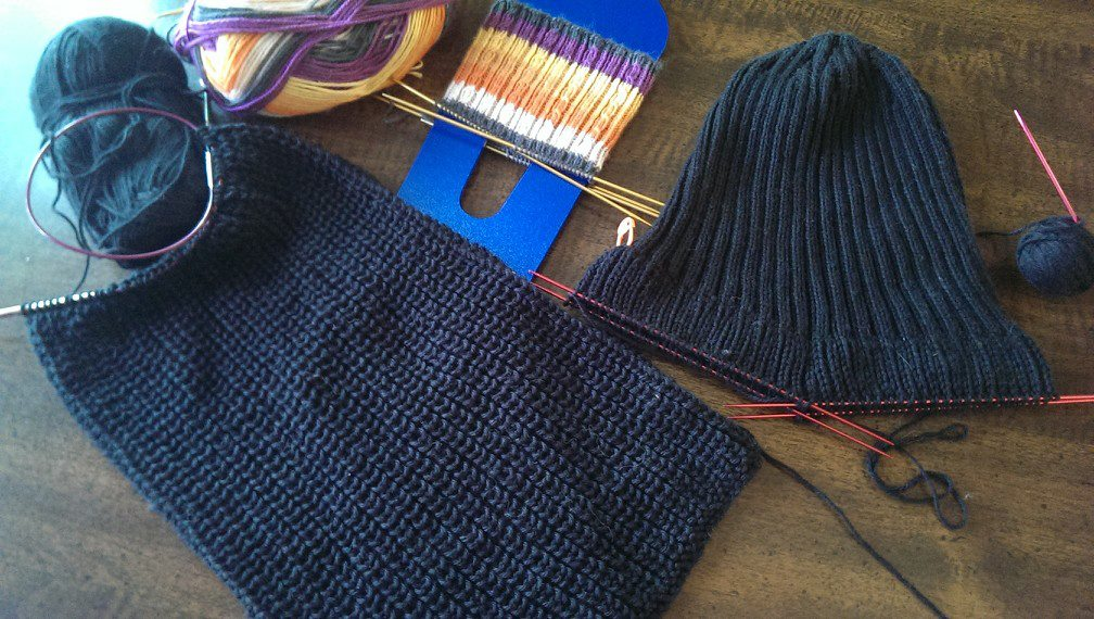 {Works In Progress} Hat, Scarf, and Spooky Socks… Oh My!