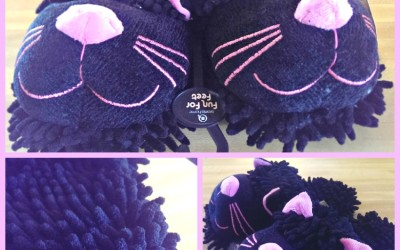 {Review} BunnySlippers.com ~ Fuzzy Black Cat Slippers